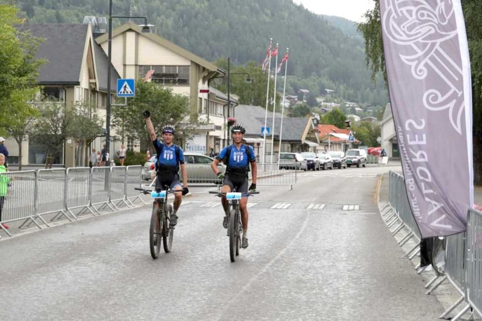 Lars Granberg - Odd Erlend Hansen Berg - Offroad Valdres 2018 finish - Ola Morken 1200x800