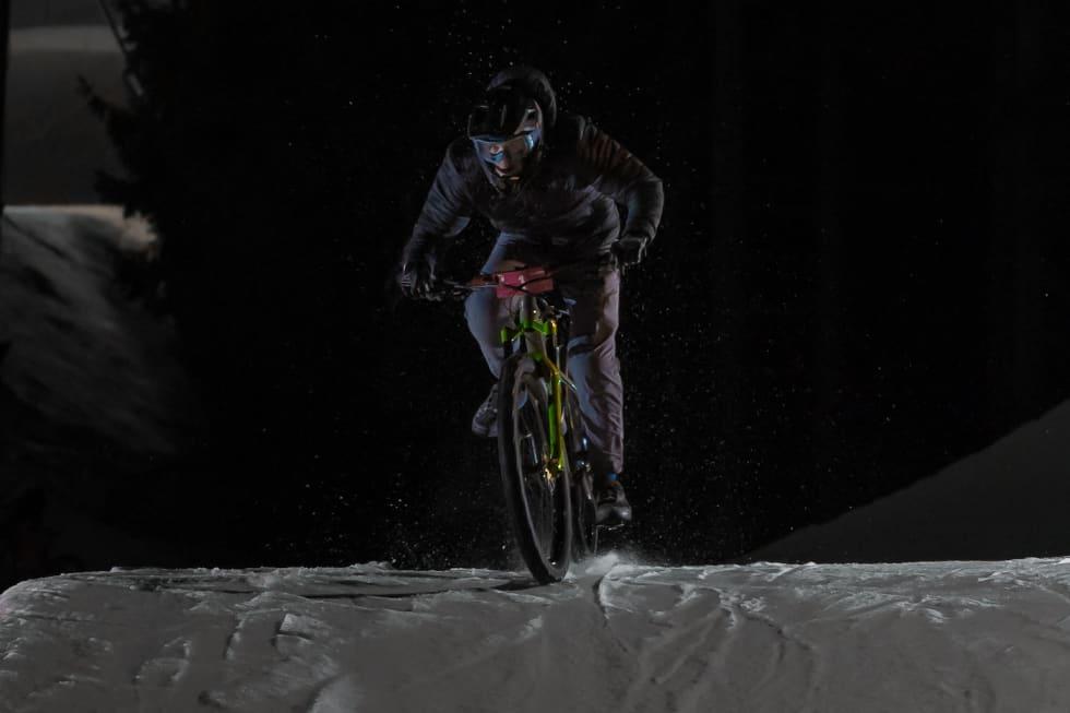 Magnus Slinger Sørli med fullt fokus på oppgavene. Foto: Morten Dodson