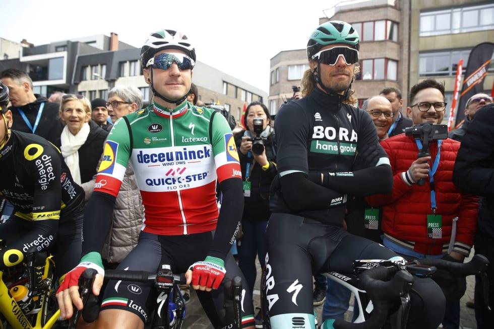 MED FLAGGET PÅ BRYSTET: Som italiensk mester er Elia Viviani nærmest pliktig til å stille opp i Grioen - og innkassere et par etappeseire. Foto: Cor Vos.