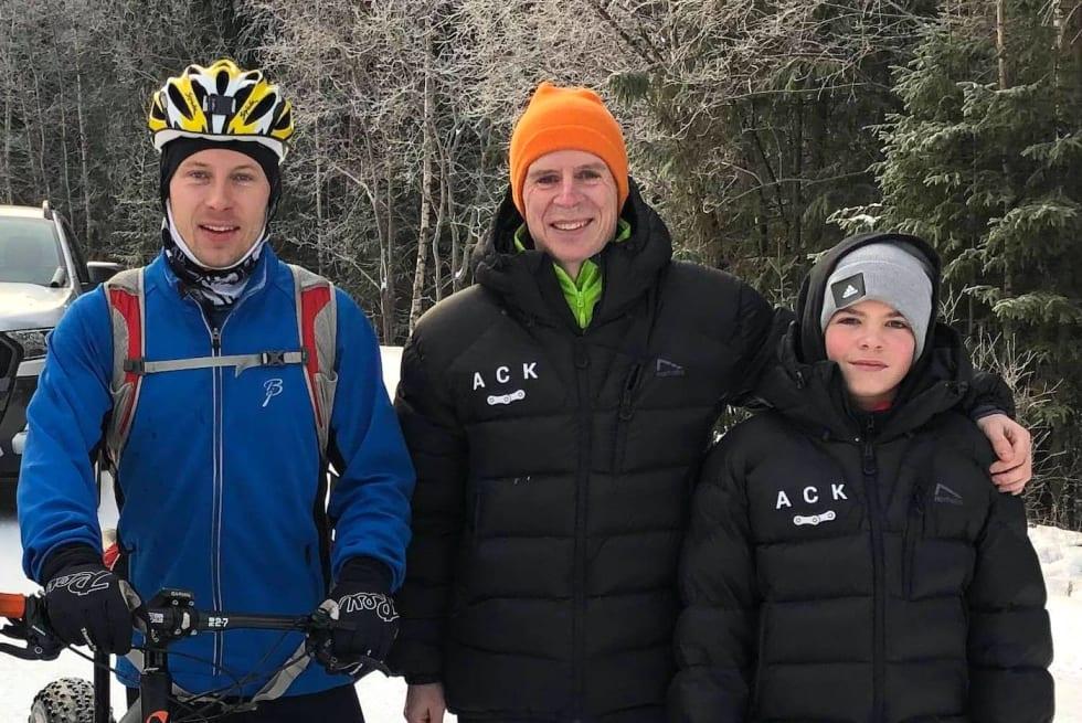 Pallen i Hjulefeit 2018: Eivind Botten (til venstre), Truls Veslum og Sebastian Veslum. Foto; Ole Christian Nymoen