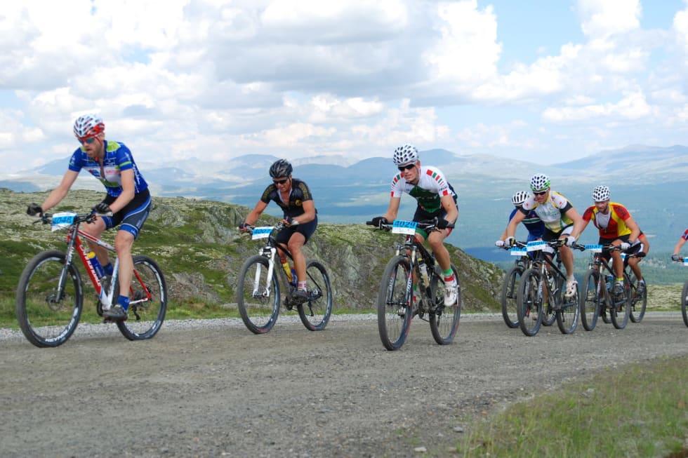 Mosjonister Furusjøen Rundt ritt 2014 - Foto Stig Haugen 1400x933