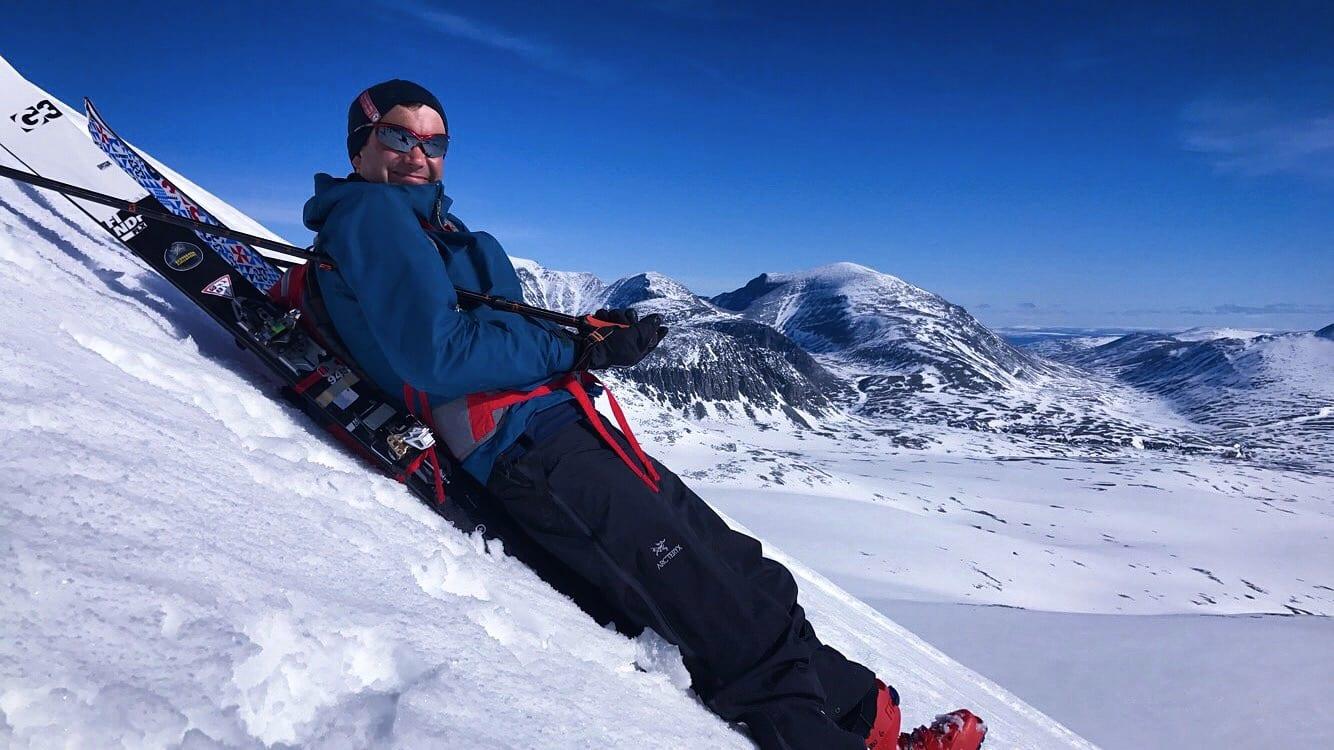 OPPDAGELSESTUR: Randonnéeutstyr gjør selv toppene i Rondane lette å nå og vanskelige å forlate. Foto: Sigurd Rønningen/Heidi Lillebråten.