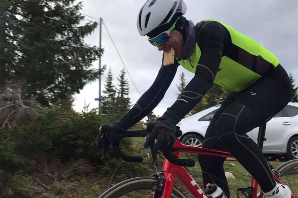 VERDENSREKORD: Jonas Orset satte verdensrekord på 10 000 høydemeter i fjor høst. Foto: Stein Magnus Olafsrud
