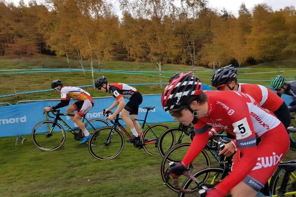 Fredrik Haraldseth start UCI CX Oct 22-17 - Foto Haraldseth 1400x933