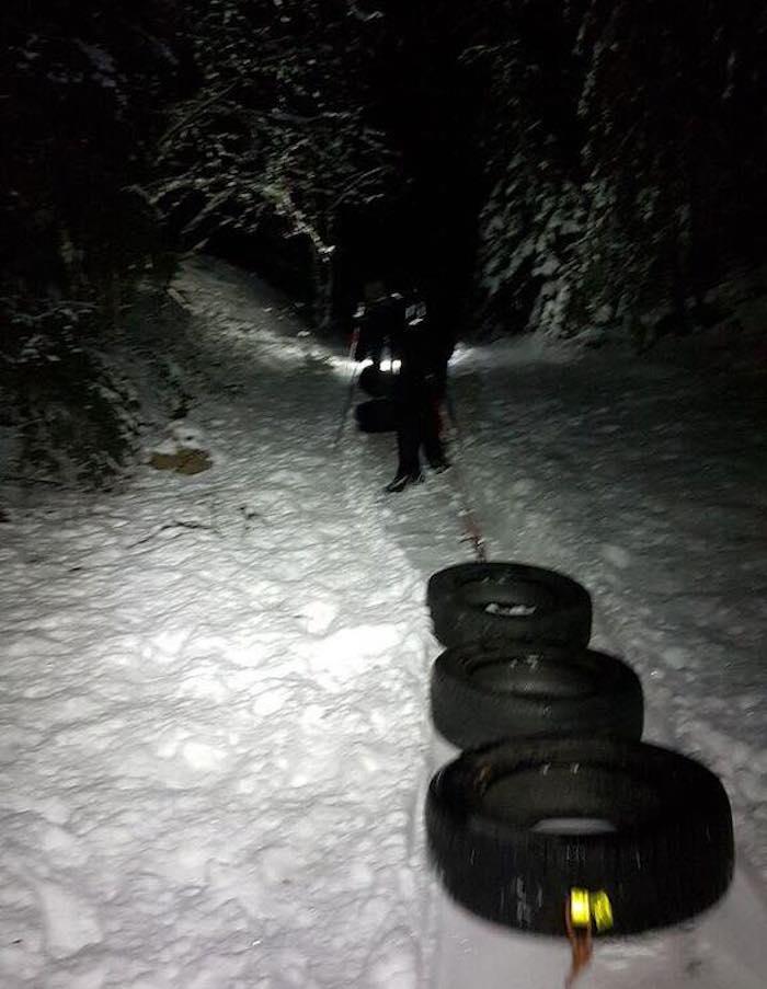 Med flere slike på samme kveld er stien rundt Syverudrunden blitt bombesikker. Foto: Trond Dyrnes