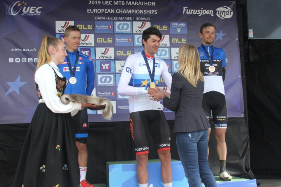 Tiago Ferreira vant maraton-EM foran Samuele Porro og Peeter Pruus. Foto: Ingeborg Scheve