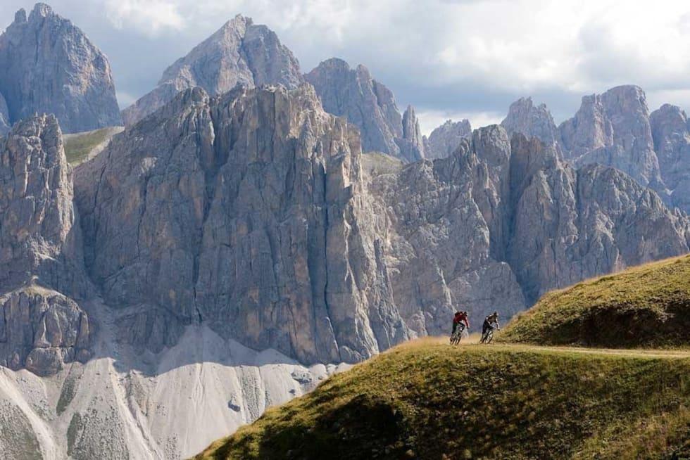 Dolomittene disket opp med rikelig av høydemeter og utsikt på tredje etappe i TransAlp. Foto: TransAlp
