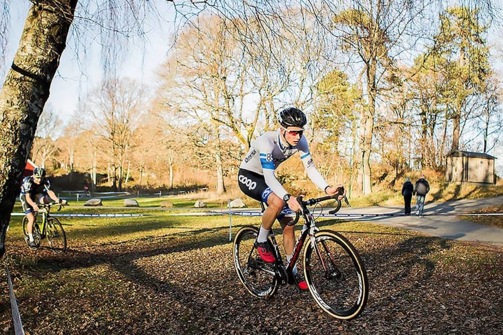 Håkon Lunder Aalrust foran Tobias Johannessen - NM kross Arendal 2017 - Pål Westgaard 1400x933