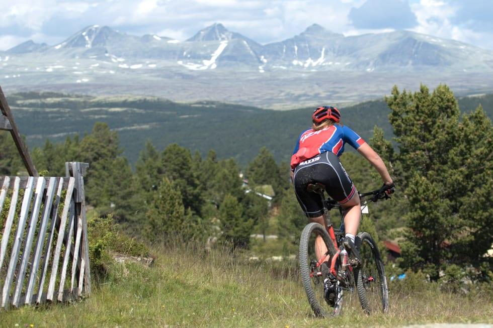 Det er fritt fram for de som vil sykle maraton-EM i klubbdrakt under Furusjøen Rundt til sommeren. Foto: Bengt Ove Sannes