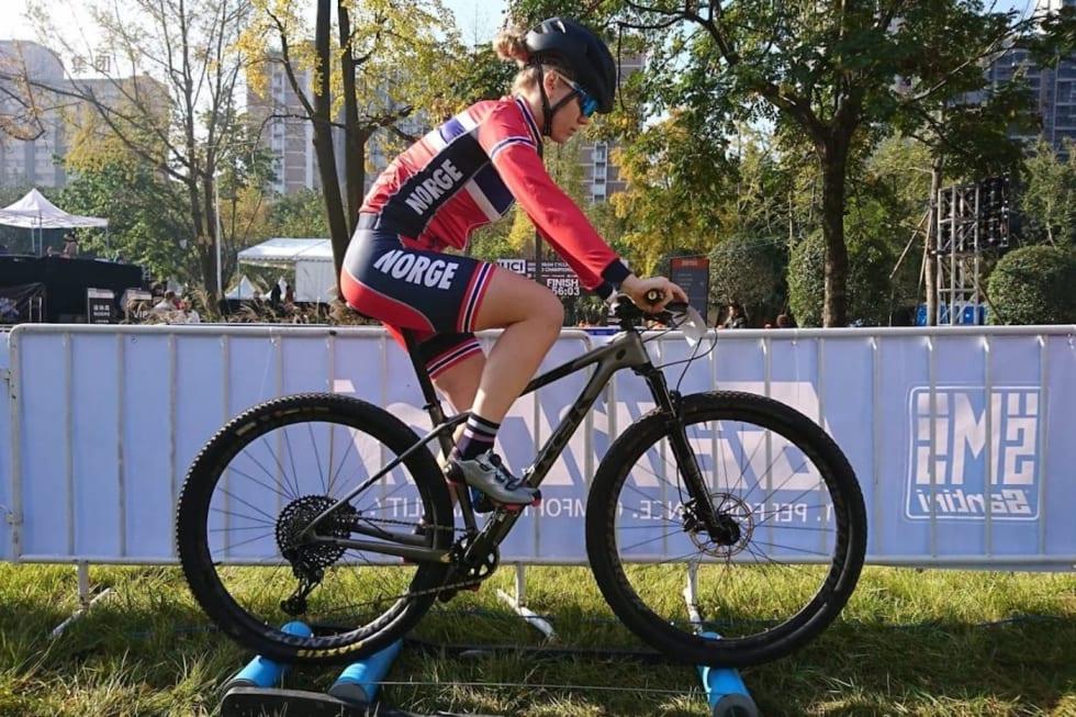 Anna Stray Rongve sykler sitt første sprint-EM for Norge i år, men ble beste norske under VM i sprint i fjor høst. Foto: Vegard Utne