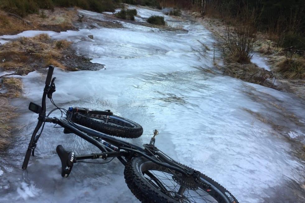 ice rocks - Trond Dyrnes 1400x933