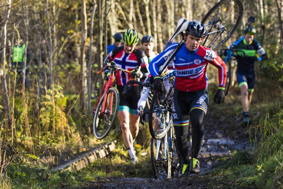 Rune Høydahl var rundbaneproff på internasjonale lag fra 1992 til 2003, men er fortsatt aktiv og involvert i norsk sykkelsport på flere plan. Foto: Per-Eivind Syvertsen