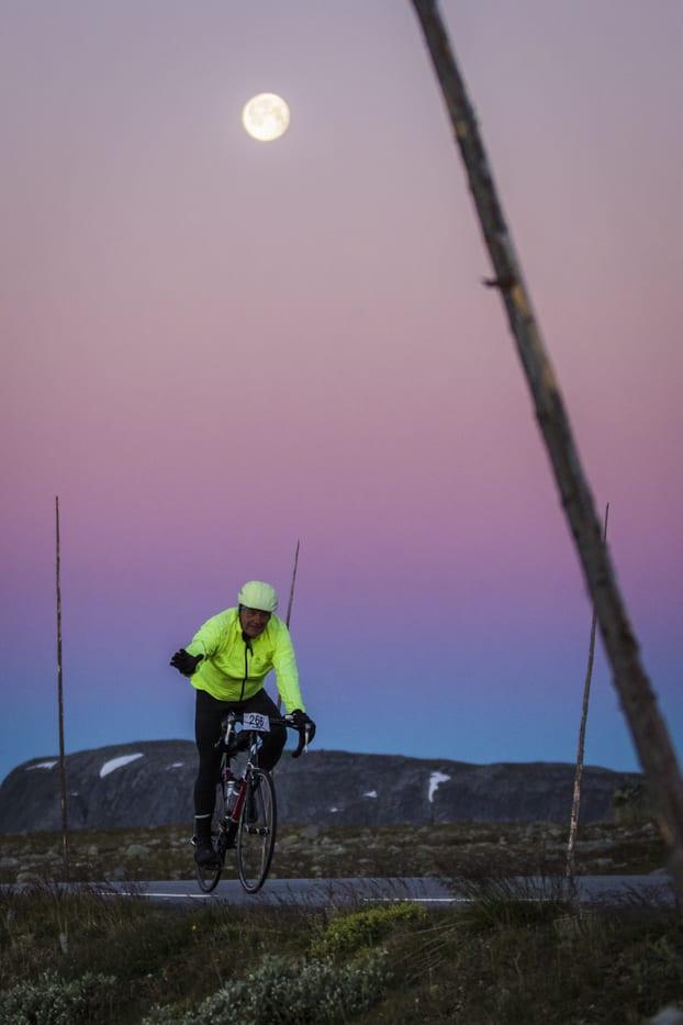 Jotunheimen Rundt 2018 moonlight - Per-Eivind Syvertsen
