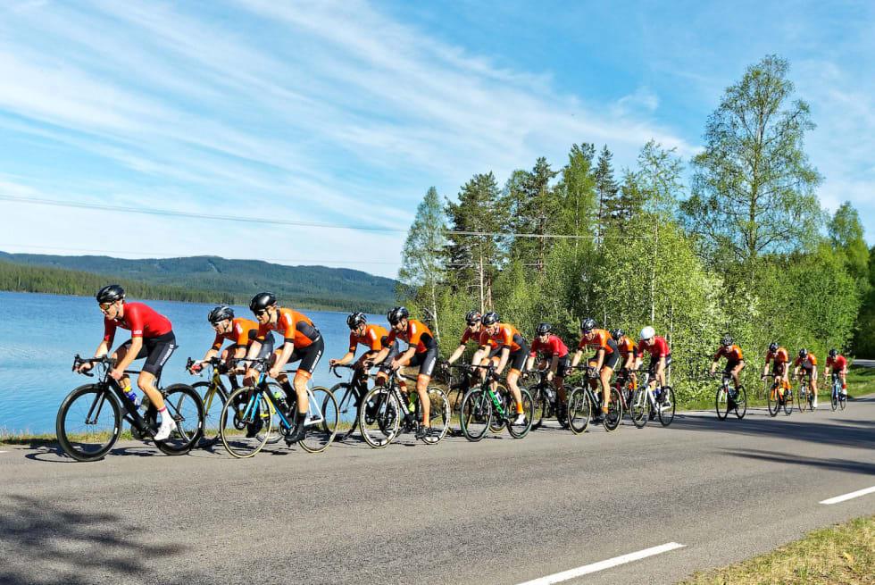 TITTELFORSVARERE: Kjekkas vant Nordmarka Rundt i fjor. I år vil de gjenta det, men dobbelt så mange mann i rulla er ikke nødvendigvis noen fordel. Foto: Ola Morken