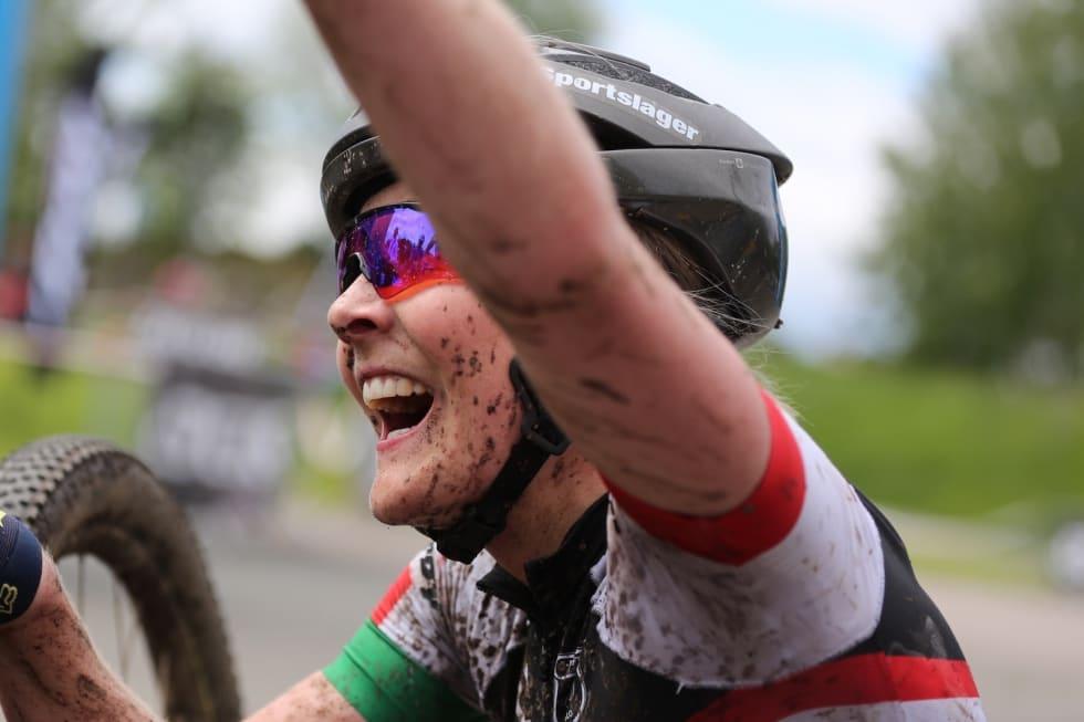 Sylvi Sommer var på pallen i Terrengsykkelrittet i våres. Nå debuterer hun i maraton-VM. Foto: Marius Bache Wold