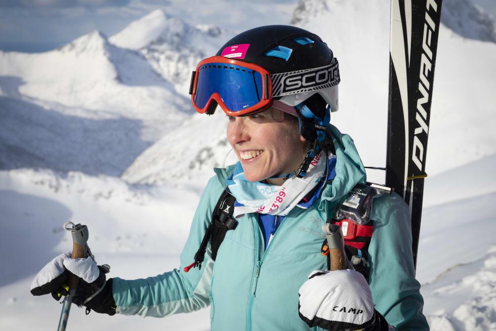 Emma Alzé fra  Sverige vant dameklassen i Lofoten Skimo 2019. Foto: Kristin Folsland Olsen