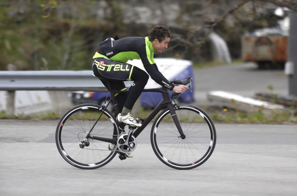 Eric Nevin Fara Cycling - Foto Jeff Webb Fara Cycling 1400x924