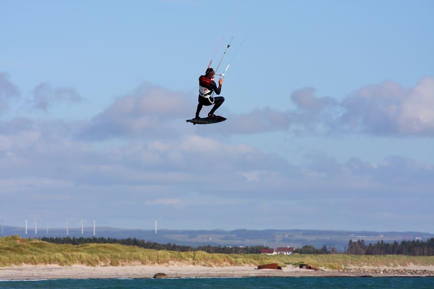 TAKE OFF: Strendene langs kysten utenfor Stavanger gir kitere muligheter i alle vindretninger. Foto: Pål Rype