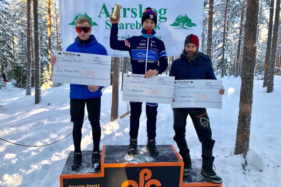 William Larsen vant Orange Priest Challenge foran William Handley (til venstre) og veteranen Fredrik Lysakerrud. Foto: Arrangøren