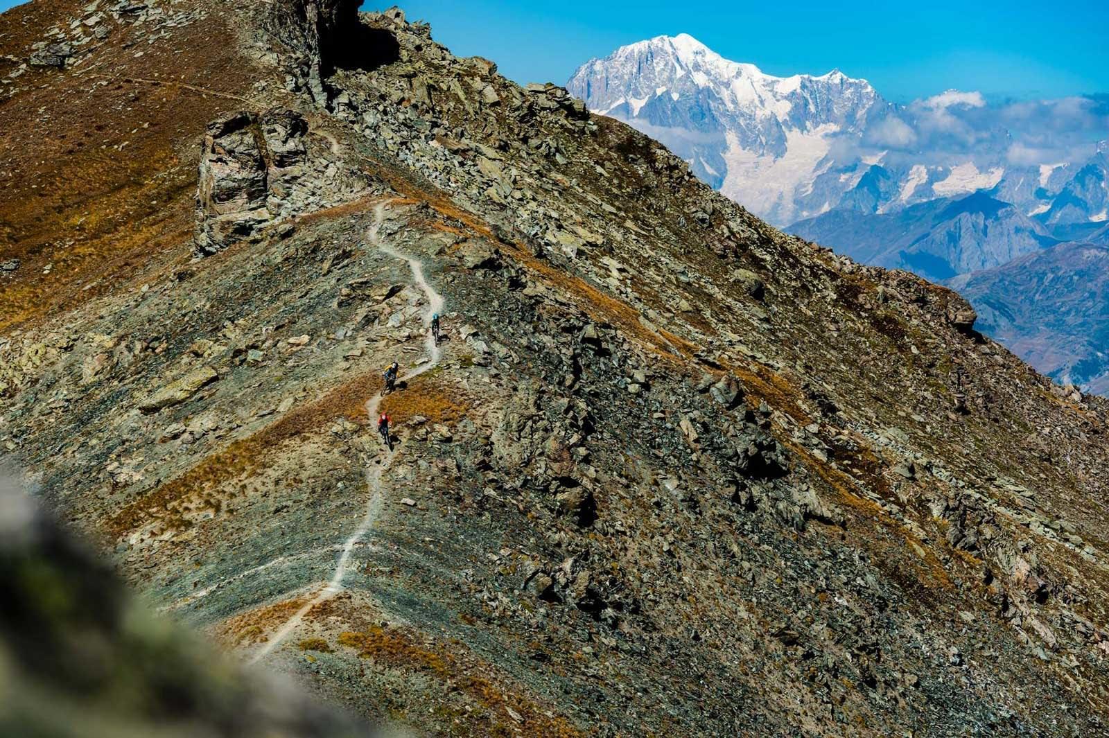 RUFSETE: Aosta-dalen har alt. Nydelig skogssykling, eller røffe, tekniske stier oppe i fjellet.