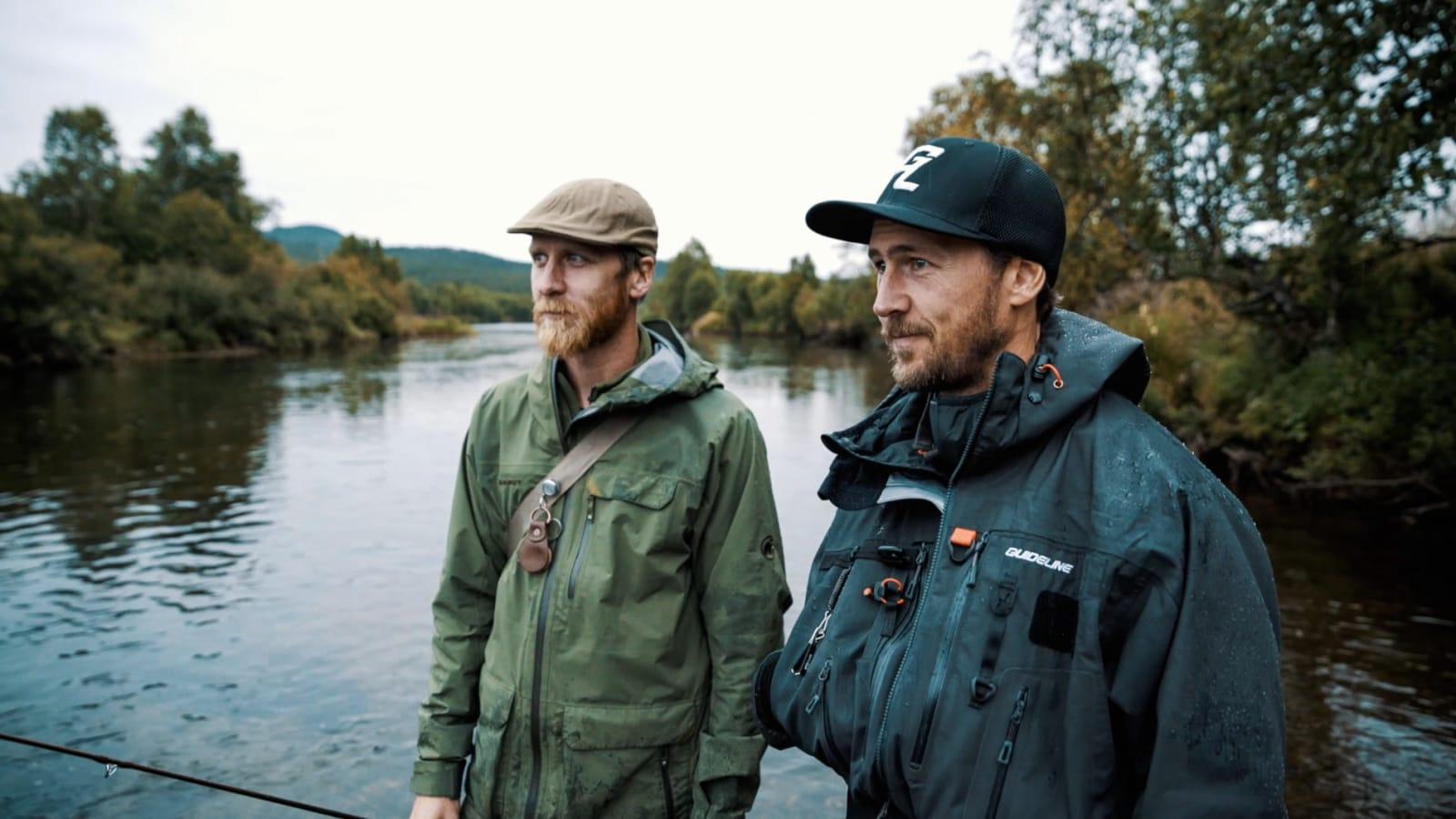 DAVID OG OLEK: To slukørede ørretfiskere reiser hjem uten fangst. Bilde: Magnus Roaldset Furset