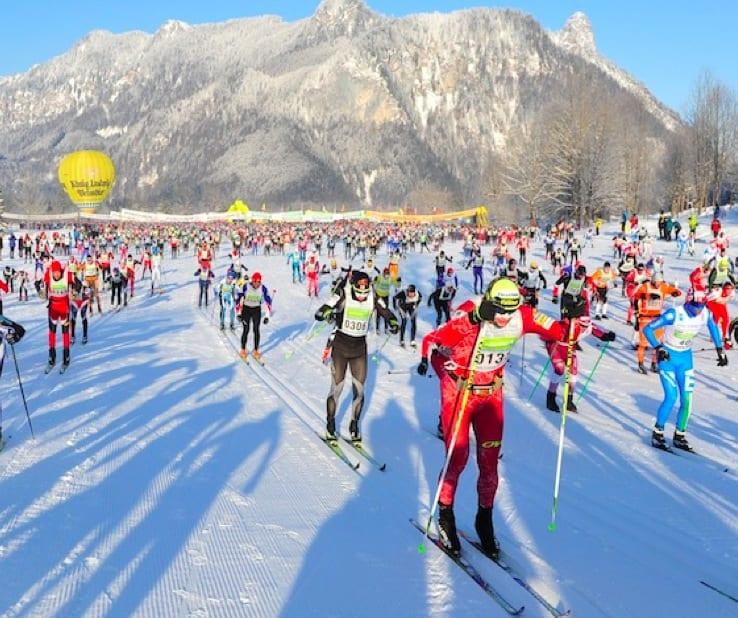 I Garmisch-Partenkirchen kan du teste krefter første helgen i februar. Foto: koenig-ludwig-lauf.com