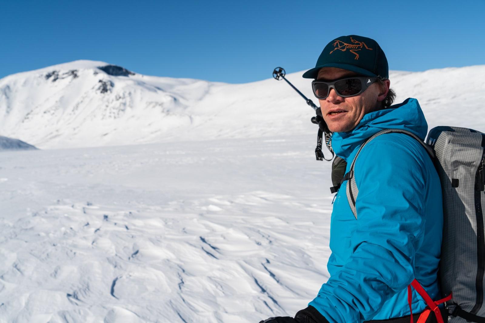 Det er nå seks år siden Stian Hagen (bildet) og Johan Wildhagen fikk testet ut idéen om en høgrute gjennom Jotunheimen. Den gangen var det den første av sitt slag i Norge, men  siden den gang har det poppet opp mange flere høgruter rundt i den norske fjellheimen. Bilde: Christian Nerdrum