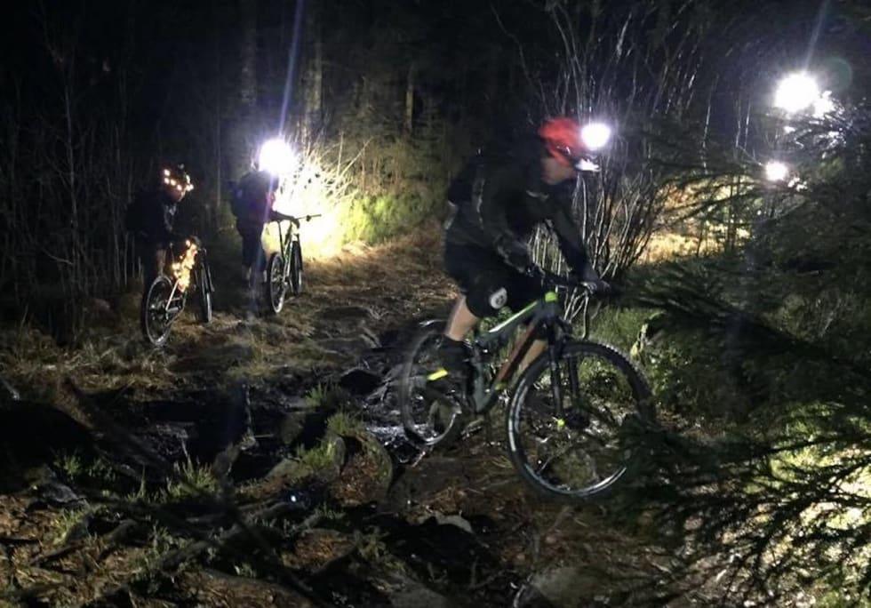 Trails 1 Juletur Gresvik IF Dec 20-16 Hanne H Karlsen 1200x847