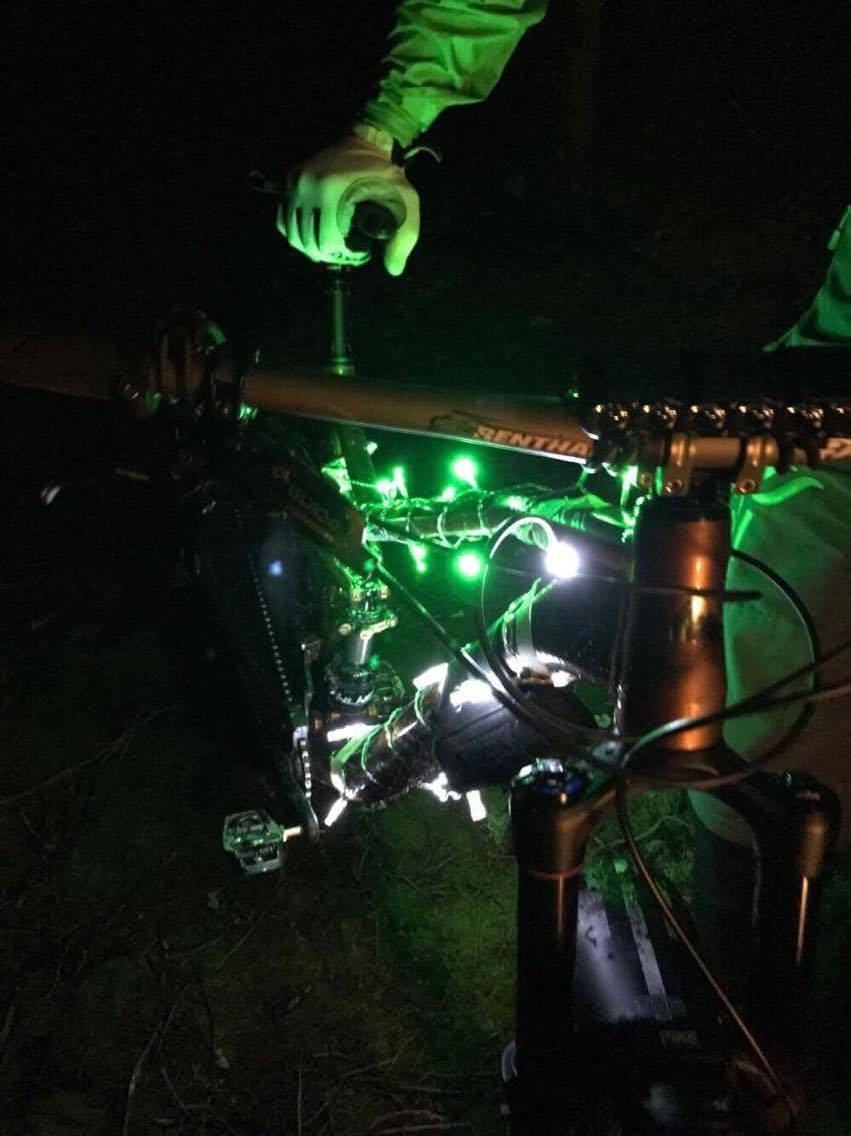 xmas lights Juletur Gresvik IF Dec 20-16 Foto Sten Normanset 852x1136