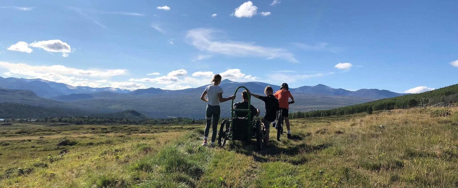 Sigrud Groven har mange drømmer og planer om steder han og familien skal sykle i framtida. Foto: Privat