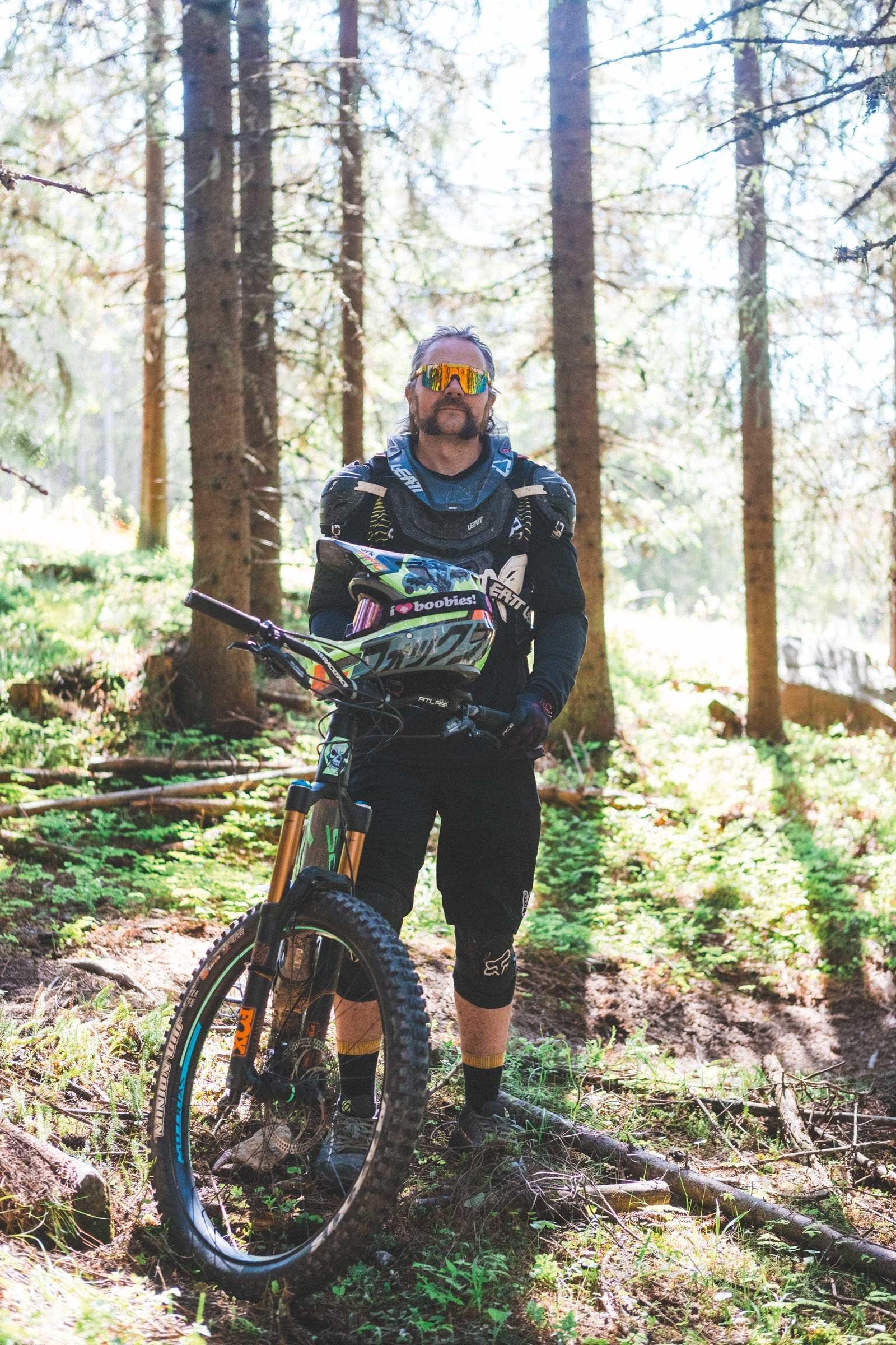 PATRIOT: Morten Nordholm tilbringer mange helger i Hafjell hver sesong, både for å bygge løyper på dugnad, og sykle selv.