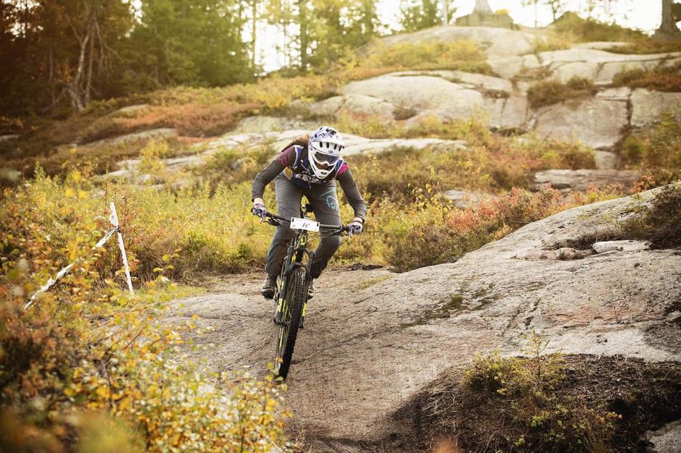 Berit Nordsæter Resell - Hakadal Enduro 2018 - Kristoffer Kippernes 1400x933