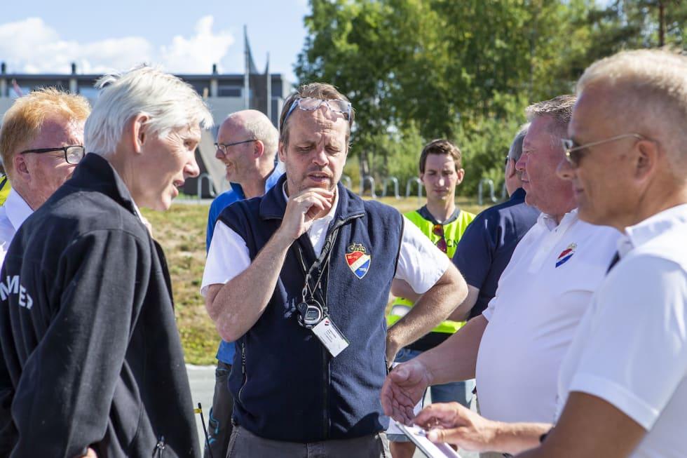 Kommisærer - Pål Westgaard 1400x933