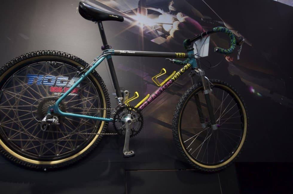 ULTIMAT RETROSYKKEL: Yeti C-26 ble laget i få eksemplarer og kun til proffene. John Tomacs sykkel med bukkestyre og Tioga-platehjul er et unikt samleobjekt.