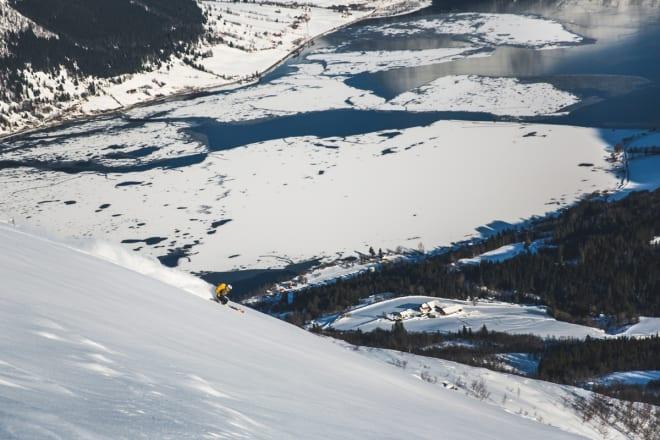 FRIKJØRINGSSTJERNE: Marit Rolvsjord gønner på. Foto: Line Hårklau
