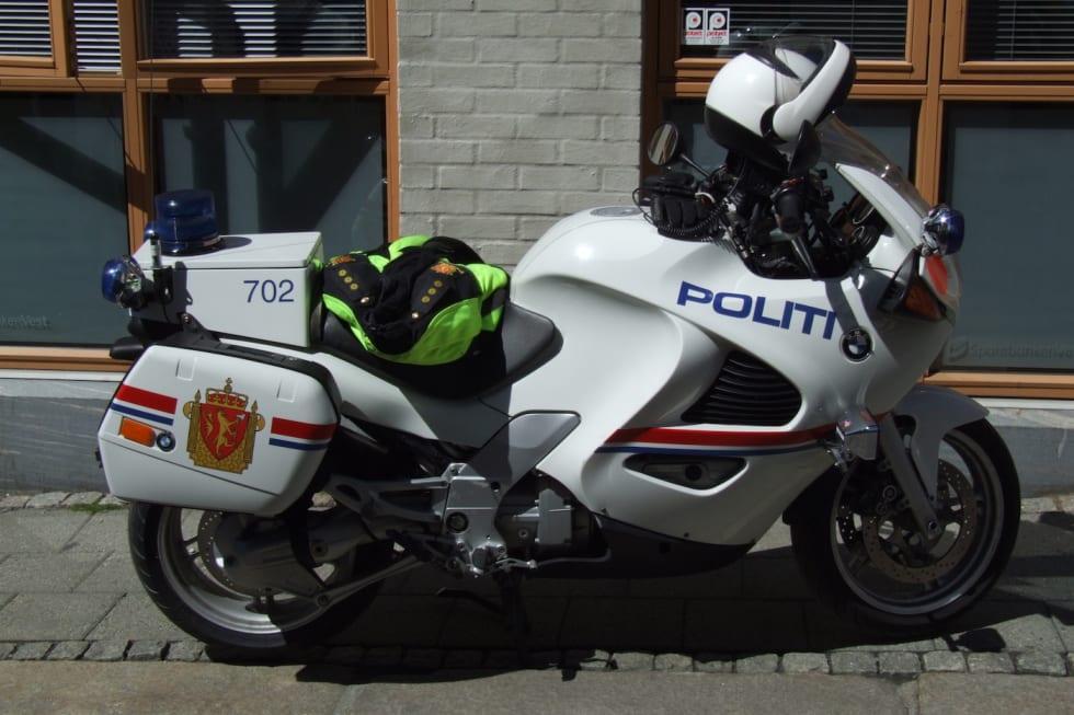 Politi MC Bergen - Cretative Commons Pudelek Marcin Szala 1400x933