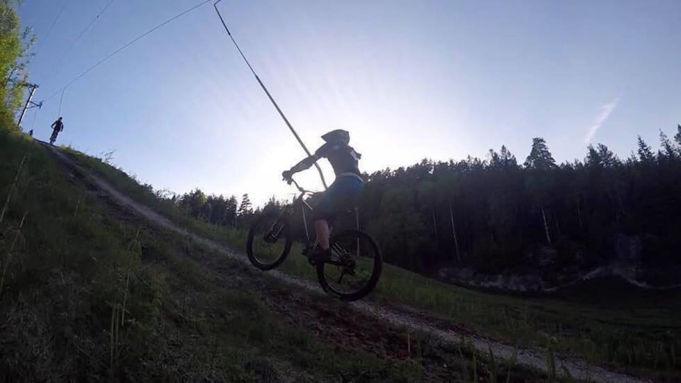 Jente DH Kjerringåsen - Hanne Holmstrøm Karlsen 1400x