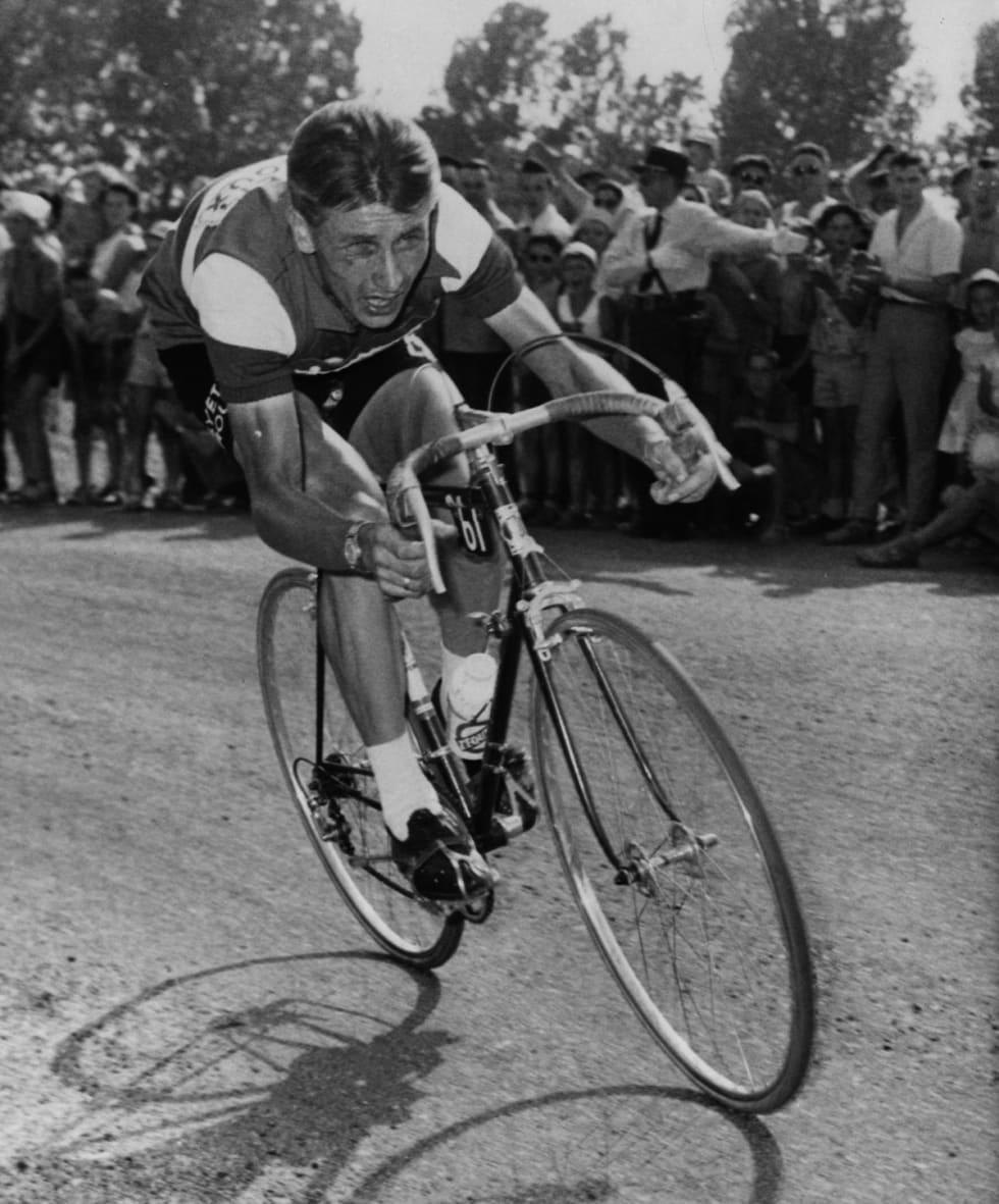 KJERNEKAR: Jacques Anquetil. Best på sykkelen, tvilsom i alle andre aspekter. Men Liège vant han. Foto: Cor Vos.