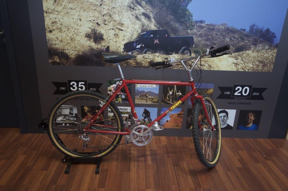 ORIGINAL: Rocky Mountain feirer jubileum. 30 år i med terrengsykler. Sherpa-sykkelen anno 1986 er med.