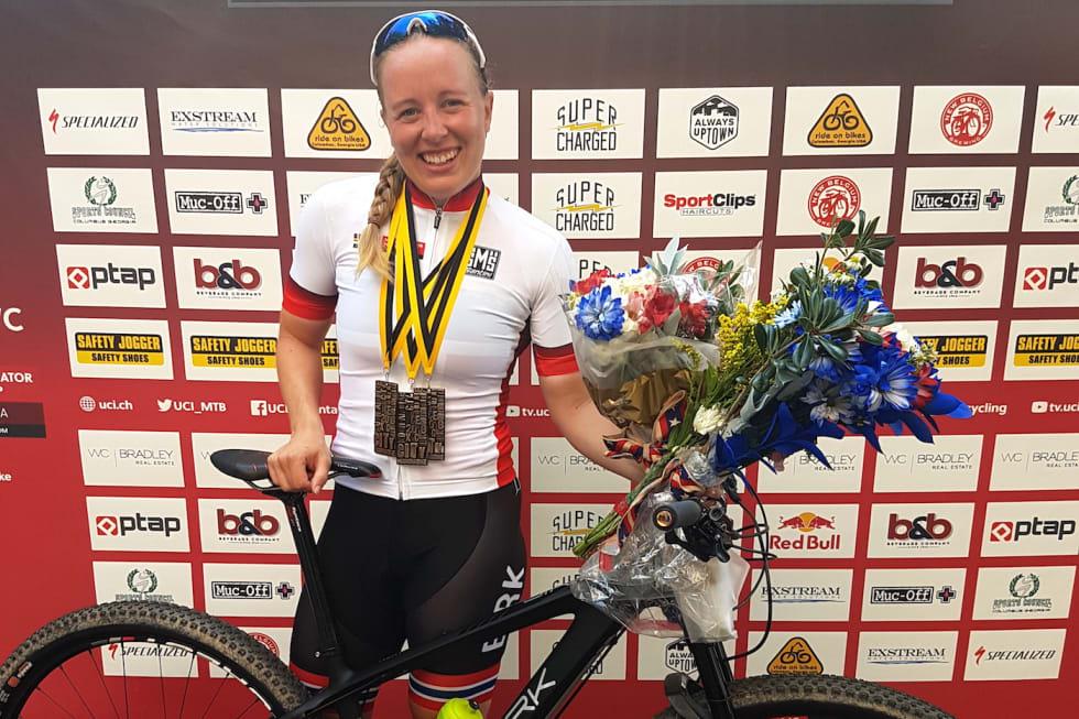 Ingrid Sofie Bøe Jacobsen etter seier  på sprintverdenscupåpningen i USA i juni. Foto: Vegard Utne