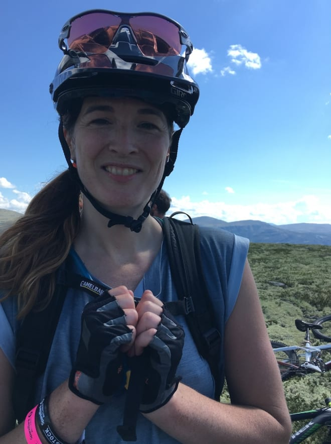 Maren Todal er guide for jentecampen på Røros i helga. Foto: Ingeborg Scheve