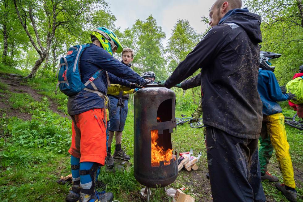 Fire - Frode Koppang 1400x933