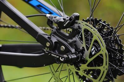 KRAFTIGE: Guide RS-bremsene fra SRAM er kraftige og har en flott hendel. En ny favoritt?