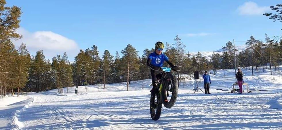 Audun Øverbye Hanssen vant med halvannet minutts margin. Foto: Nerskogen IL Sykkel