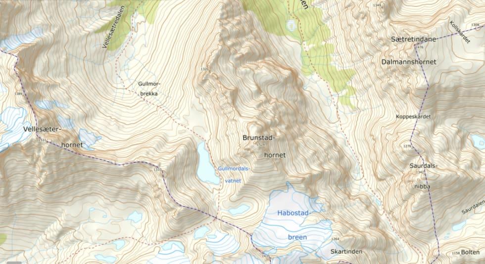 BRATT TERRENG: Brunstadhornet er et krevende fjell i hjertet av Sunnmørsalpene.