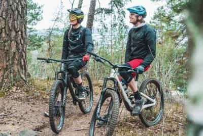 Aas_og-Simon_Terrengsykkel_sykkeltest_Enduro_2020-4