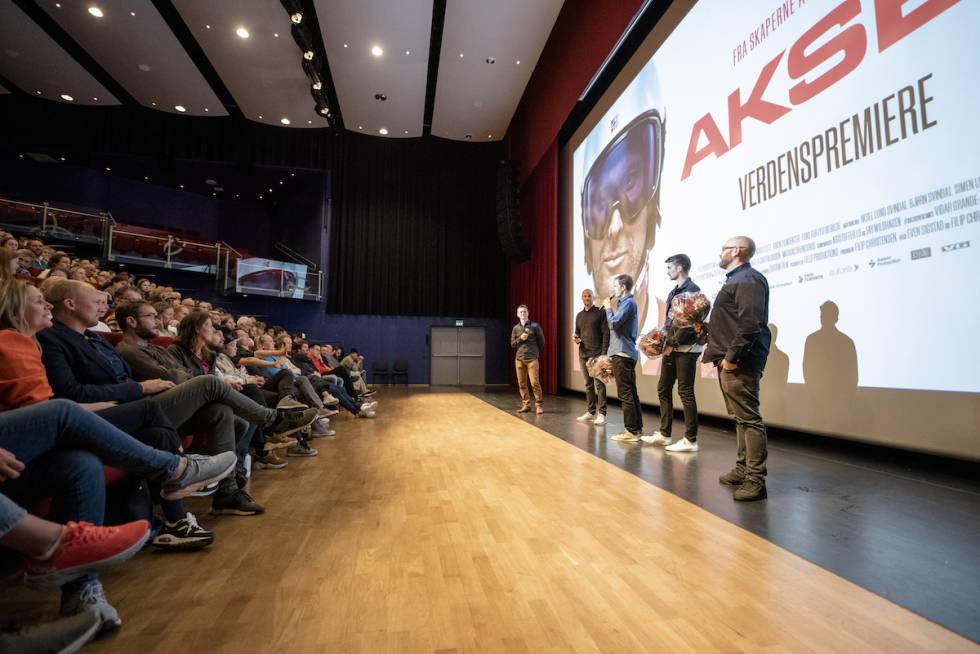 Aksel Lund Svindal og Field Productions på scenen i Oppdal