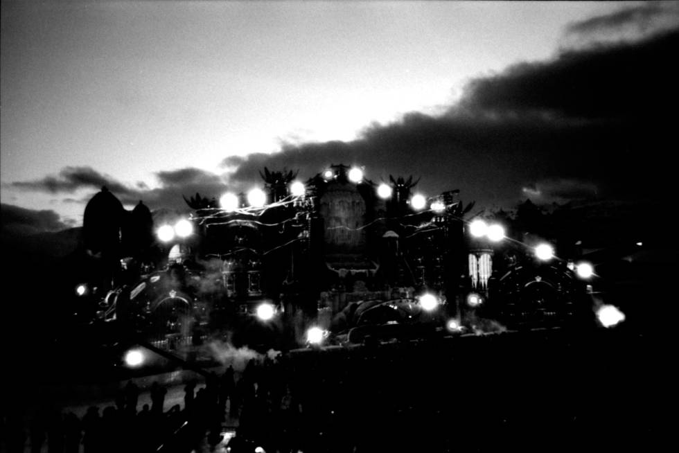 Alpe-D-Huez-Tomorrowland-4