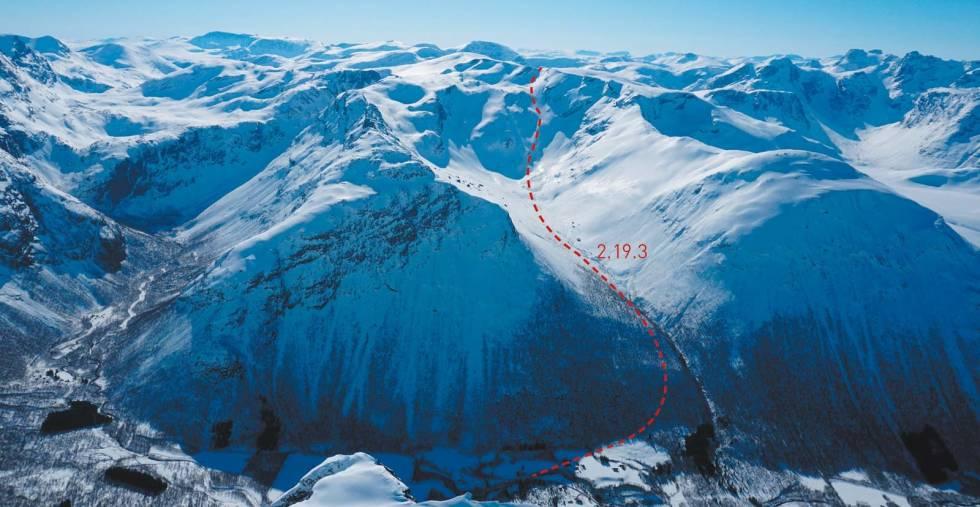 Blåfjellet-Toppturer-i-Romsdalen-med-rute-3