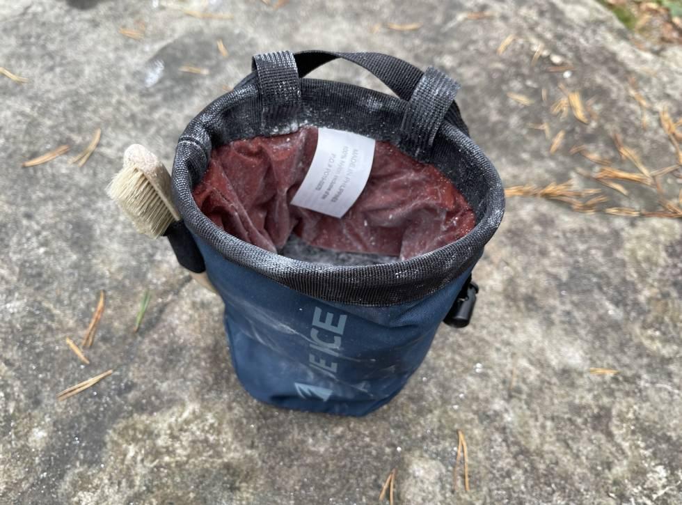 test av Blue ice Saver Chalk Bag
